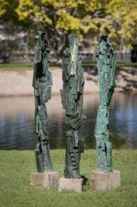 Sculpture 3 Graces