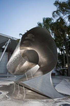 sculpture Swell